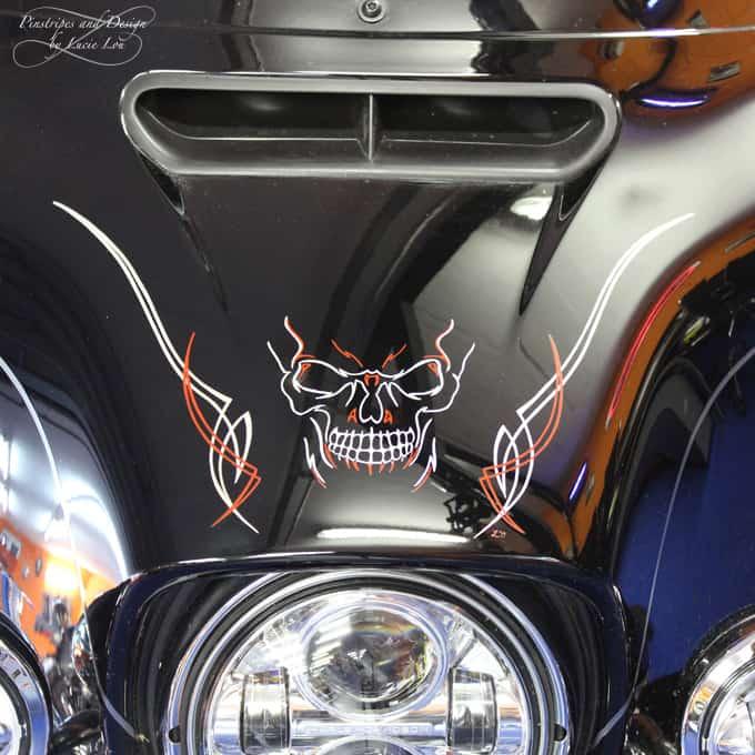 Pinstripe Skull Bagger Harley